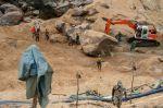 Large-scale riverbed mining in Kono, Sierra Leone